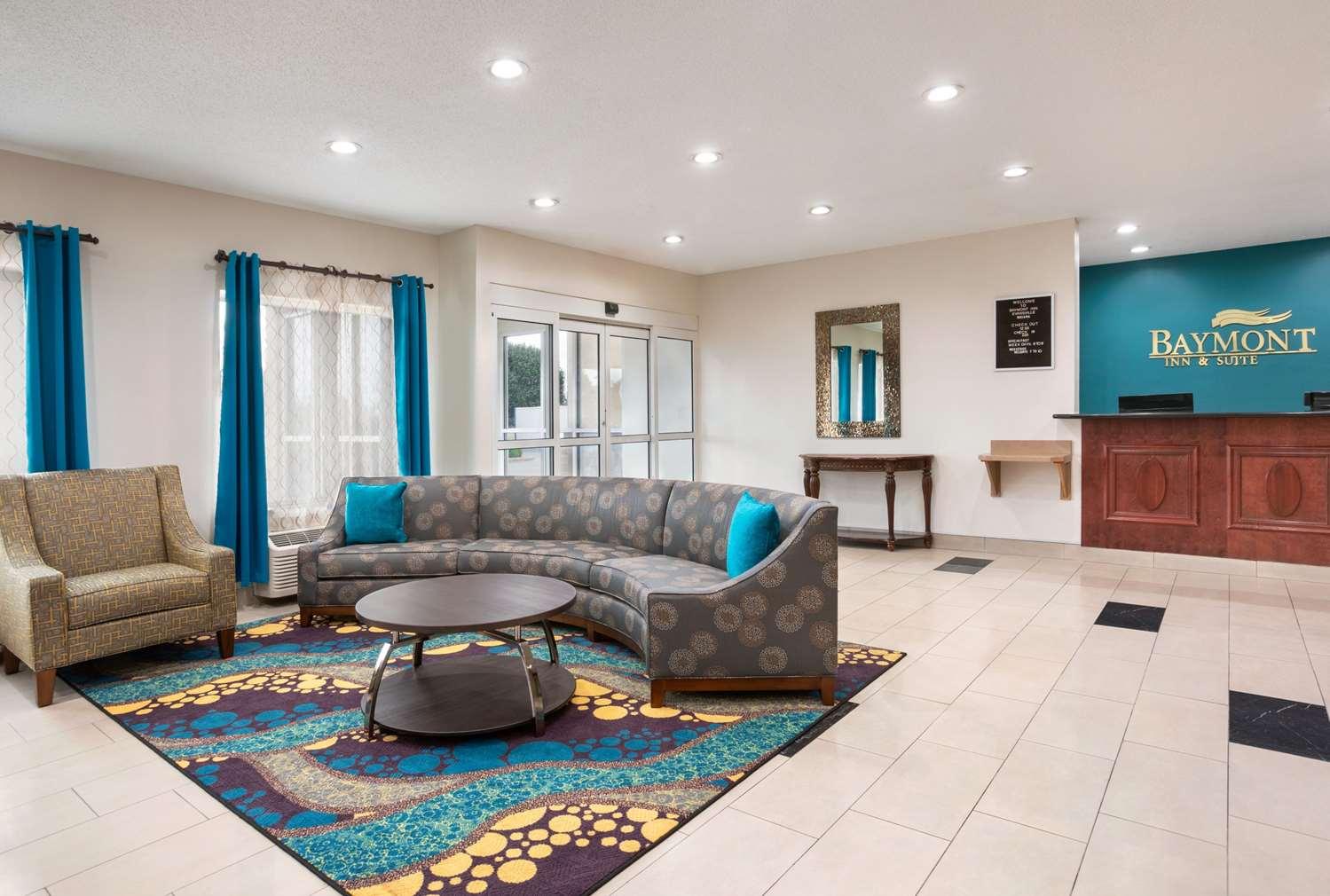 Lobby - Baymont Inn & Suites East Evansville