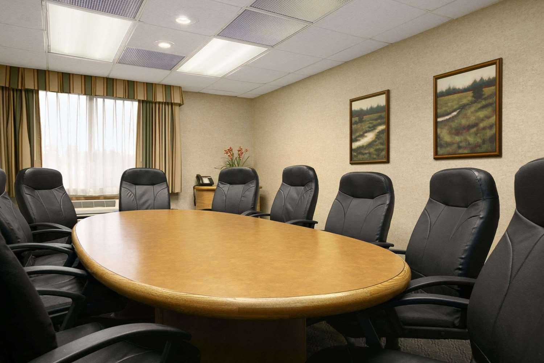 Meeting Facilities - Baymont Inn & Suites Kirkland