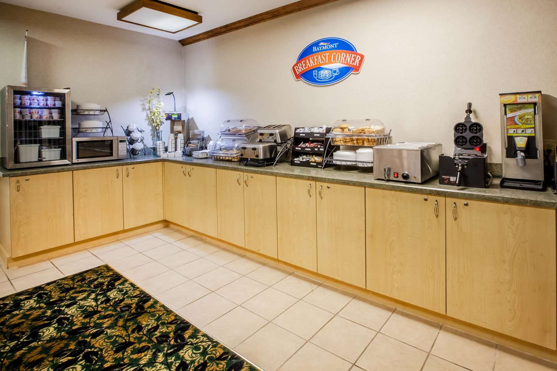 proam - Baymont Inn & Suites Mackinaw City
