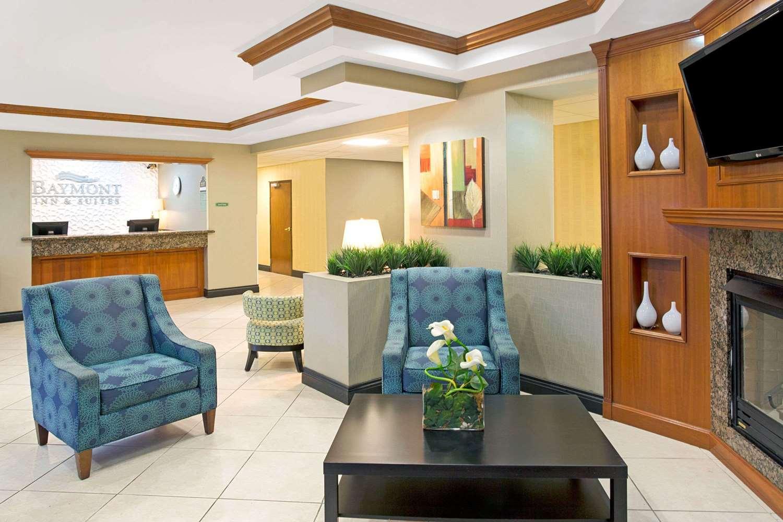 Lobby - Baymont Inn & Suites Airport Doral