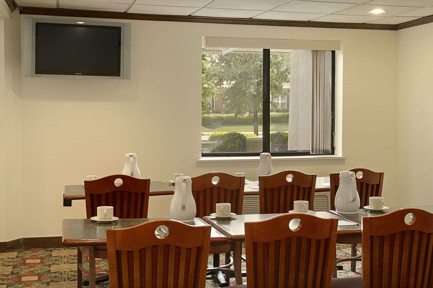 Meeting Facilities - Baymont Inn & Suites Arlington