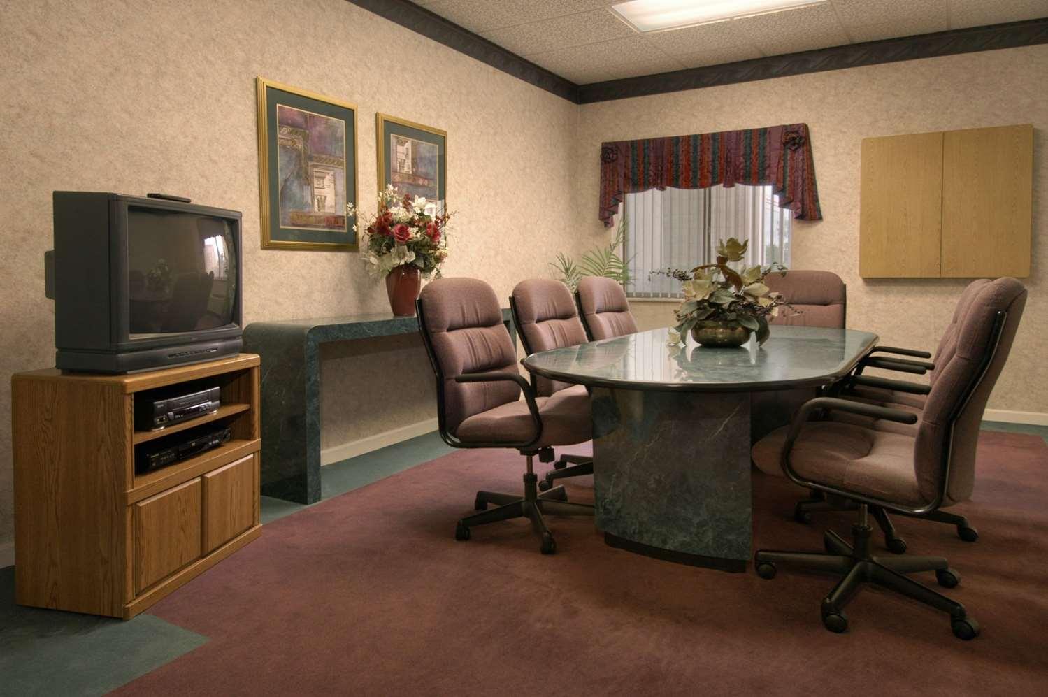 Meeting Facilities - Baymont Inn & Suites Corbin