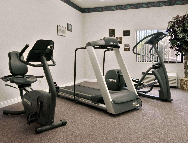 Fitness/ Exercise Room - Baymont Inn & Suites Corbin