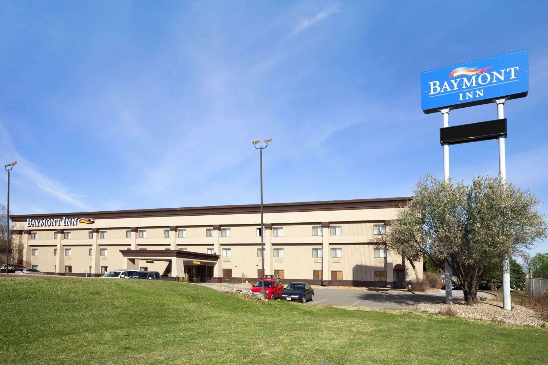 Exterior view - Baymont Inn & Suites Sioux Falls