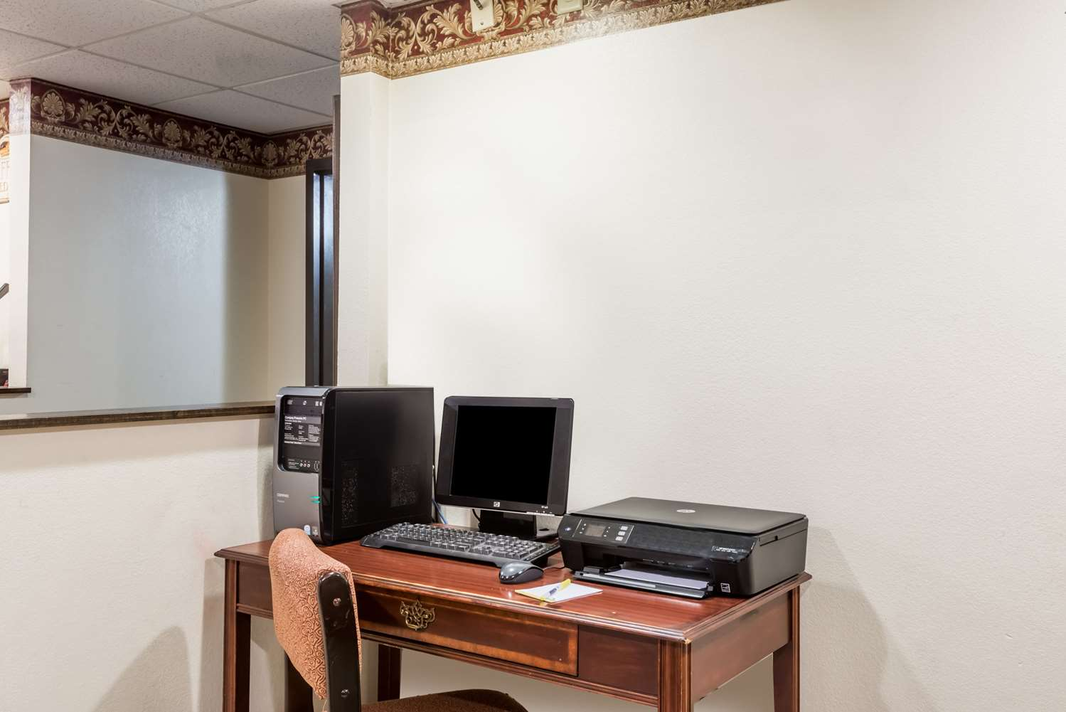 Conference Area - Days Inn & Suites Girard