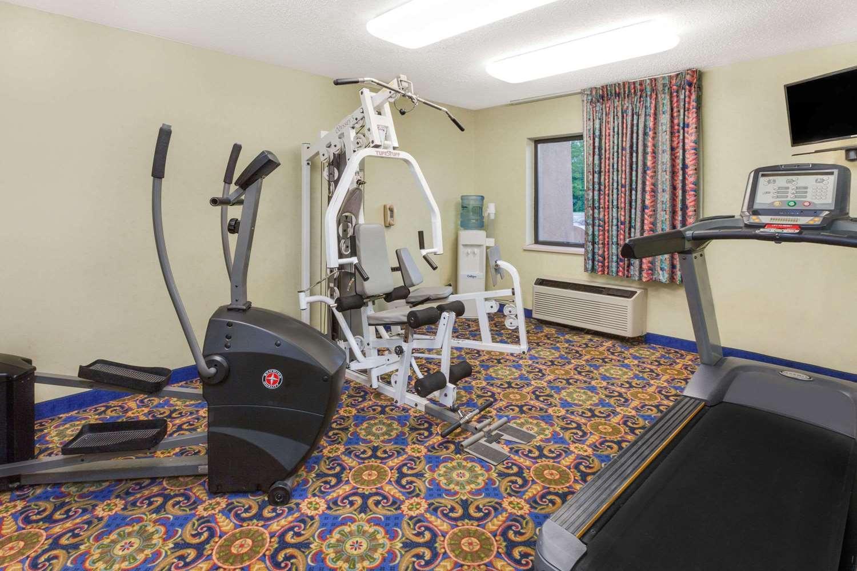 Fitness/ Exercise Room - Baymont Inn & Suites Bridgeport