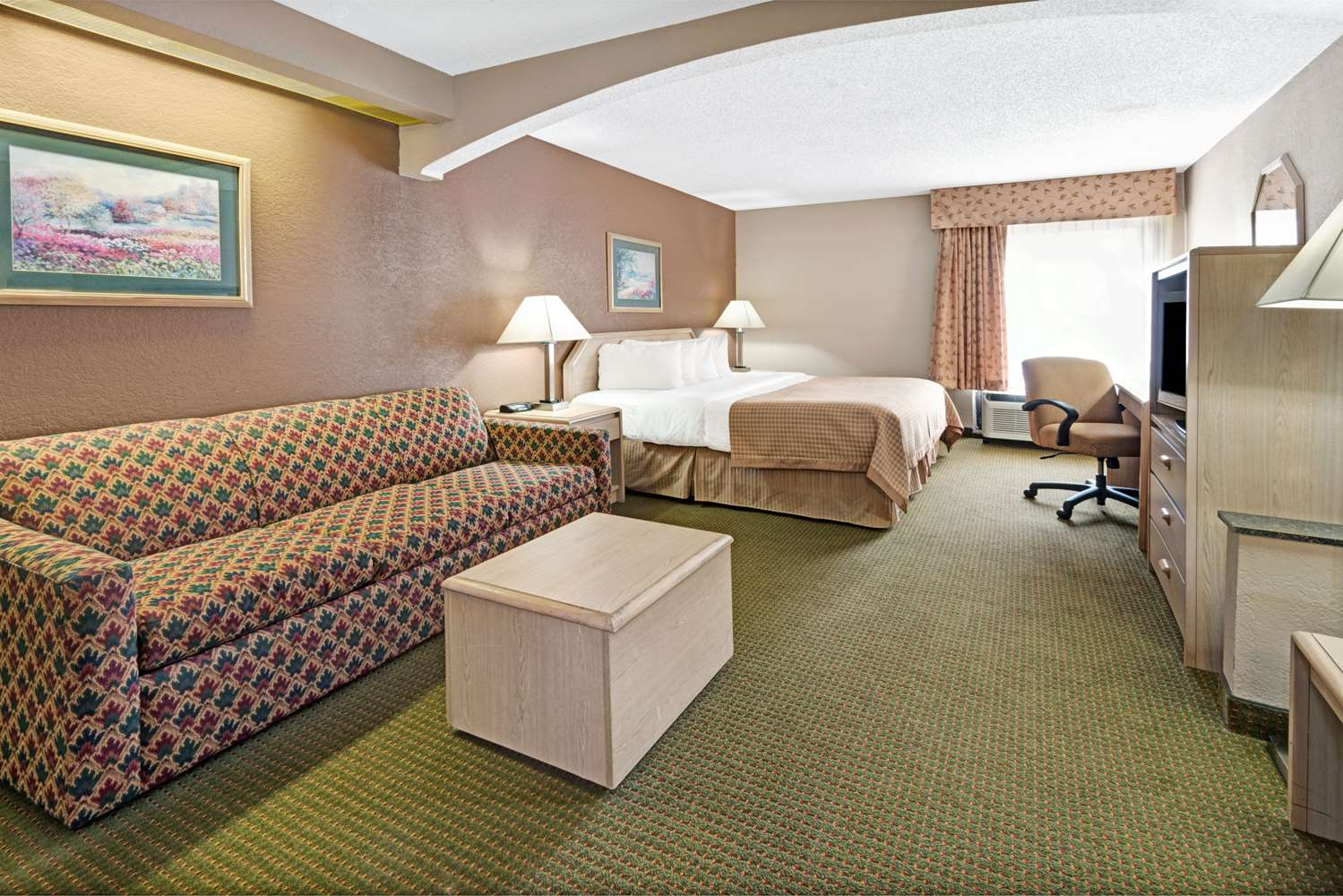 Suite - Baymont Inn & Suites Lawrence