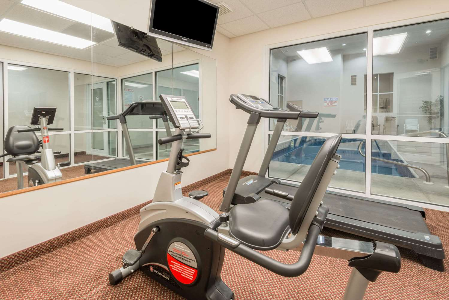 Fitness/ Exercise Room - Super 8 Hotel Schilling Road Salina