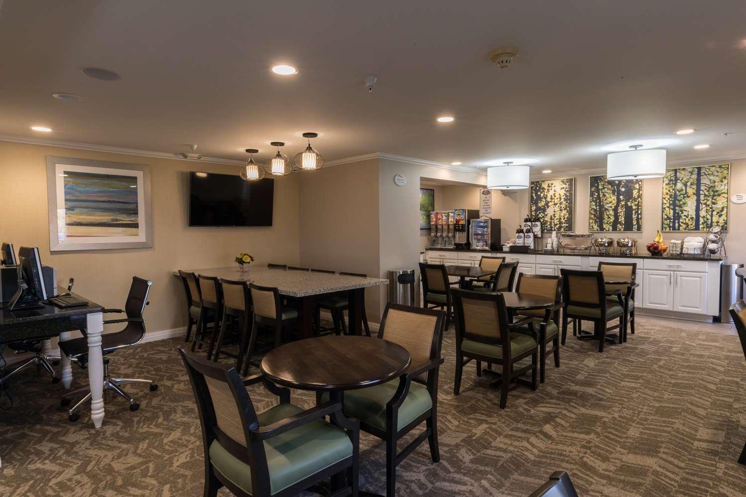 proam - Baymont Inn & Suites Detroit Airport Romulus