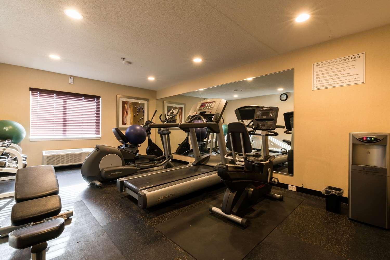 Fitness/ Exercise Room - Baymont Inn & Suites Detroit Airport Romulus