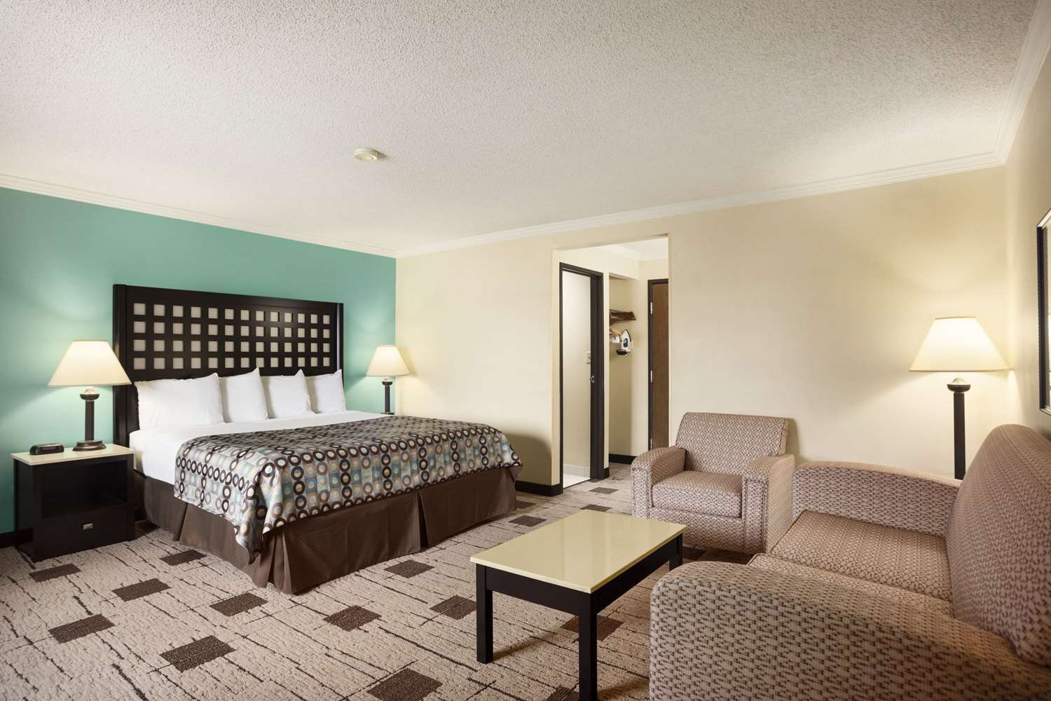 Suite - Baymont Inn & Suites Fort Smith