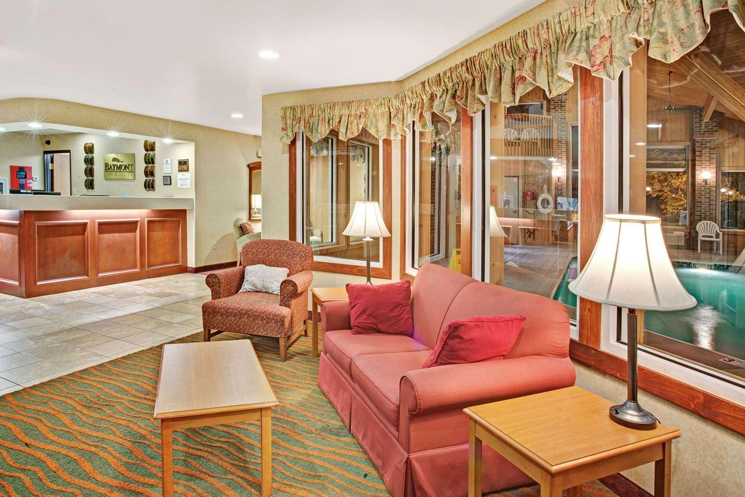 Lobby - Baymont Inn & Suites Indianapolis