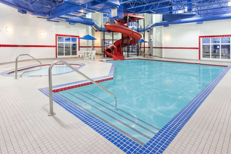 Pool - Ramada Inn Pincher Creek