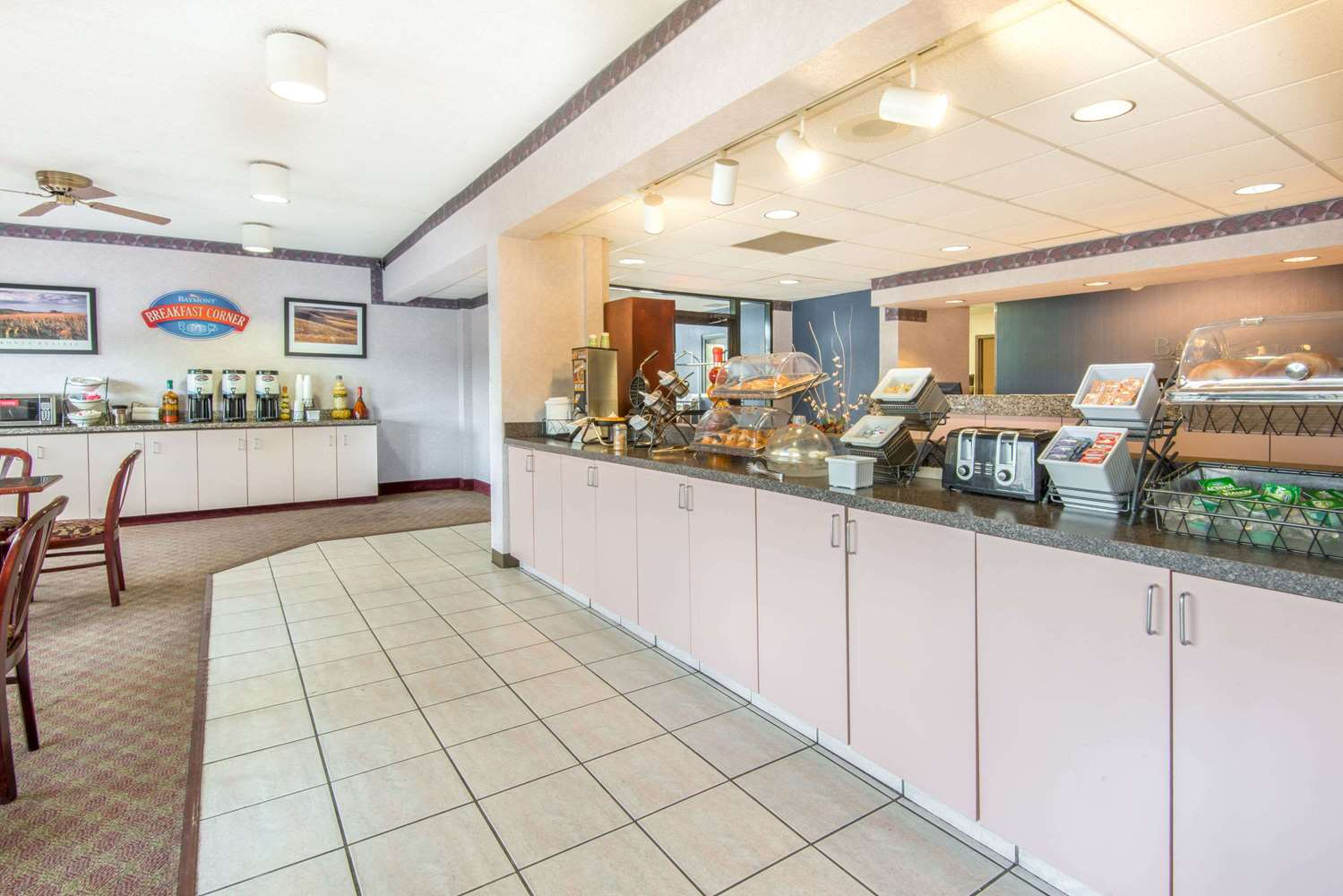 proam - Baymont Inn & Suites Topeka