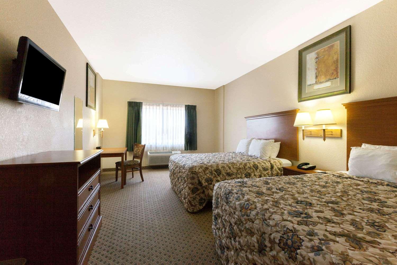 Room - Days Inn Palo Alto San Antonio