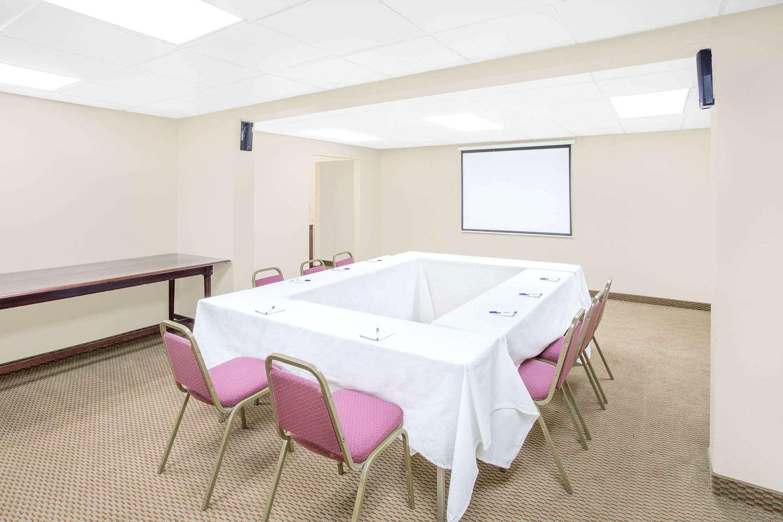 Meeting Facilities - Baymont Inn & Suites Greenville