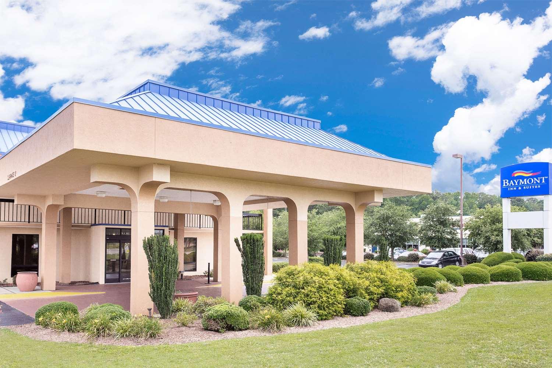 Exterior view - Baymont Inn & Suites Greenville