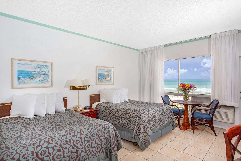 Room - Days Hotel Thunderbird Beach Resort Sunny Isles