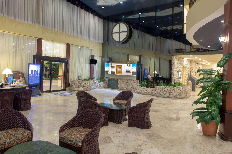 Lobby - Days Hotel Thunderbird Beach Resort Sunny Isles