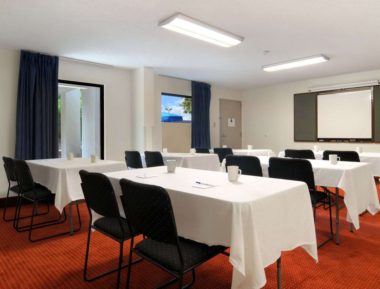 Meeting Facilities - Baymont Inn & Suites Riverside Drive Macon