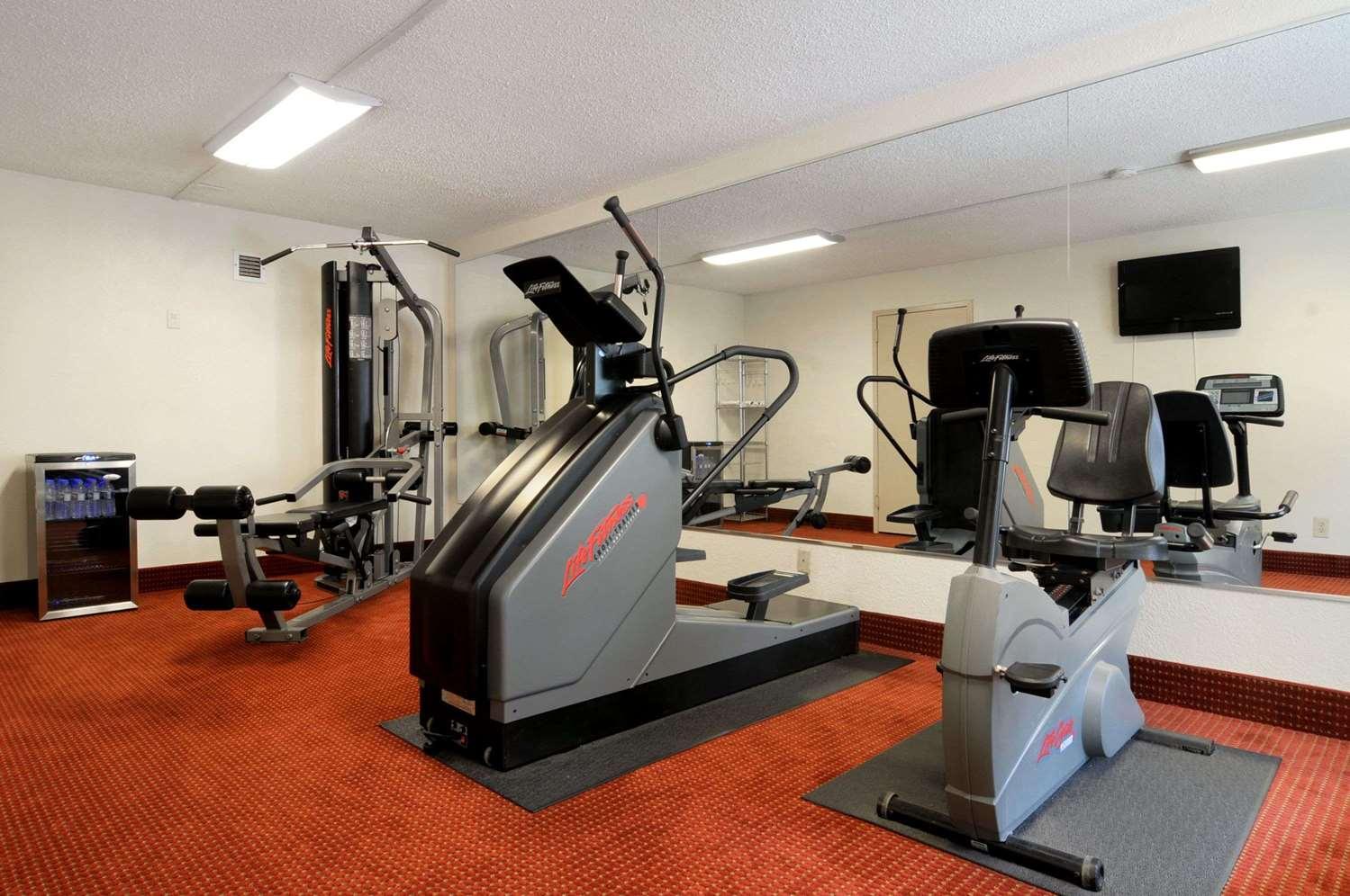 Fitness/ Exercise Room - Baymont Inn & Suites Riverside Drive Macon