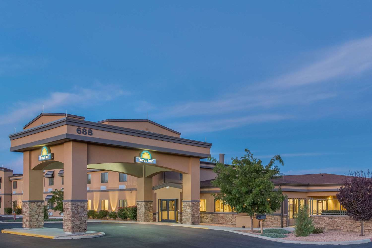 Exterior view - Days Inn Chino Valley