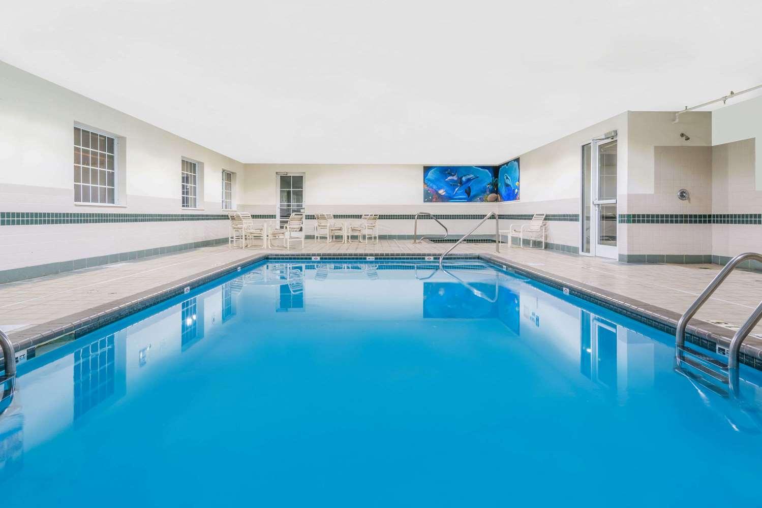Pool - Super 8 Hotel Fargo Airport