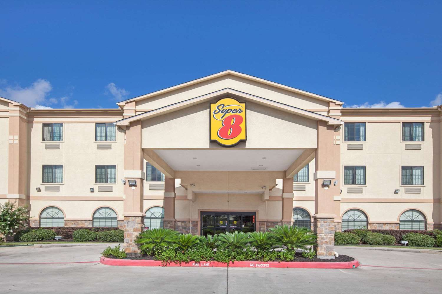 Exterior view - Super 8 Hotel Greenspoint Houston