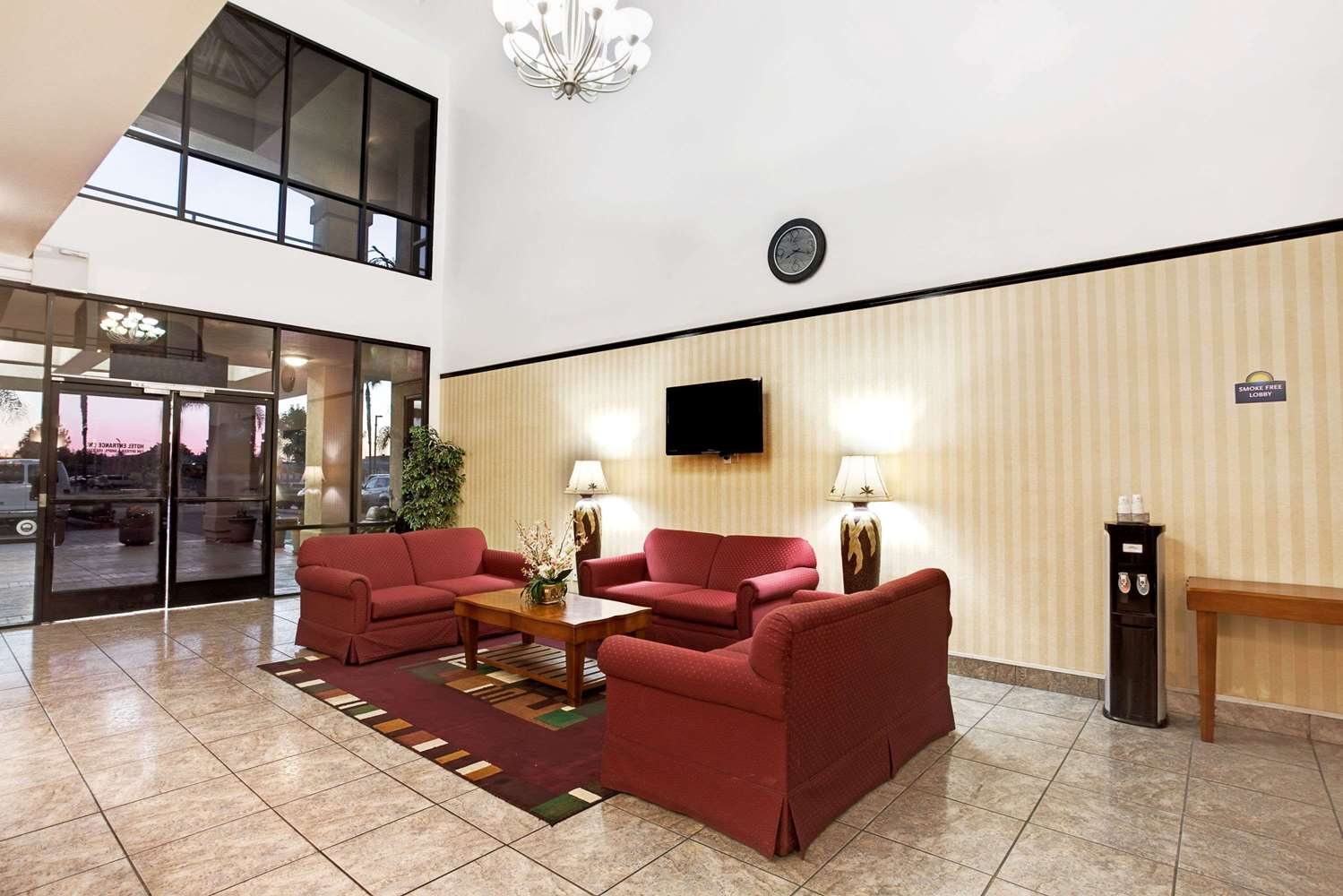 Lobby - Days Inn & Suites Artesia