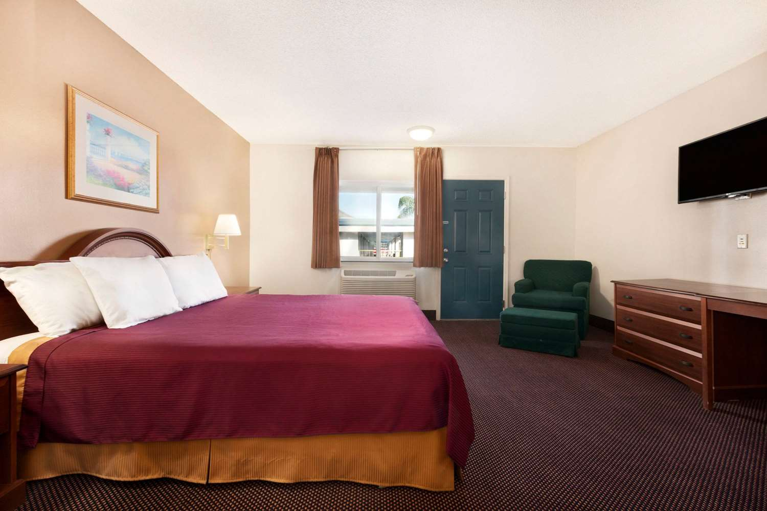 Room - Travelodge Bakersfield