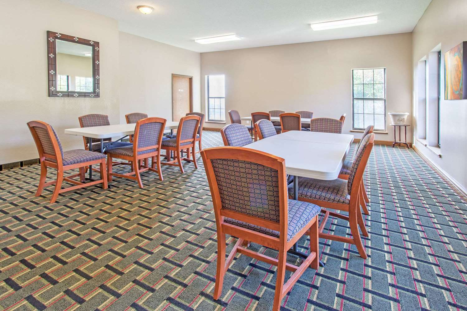 Meeting Facilities - Super 8 Hotel Atchison