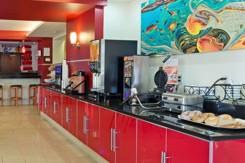 proam - Days Inn & Suites Milwaukee