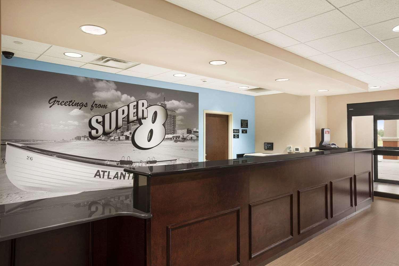 Lobby - Super 8 Hotel Pennsville