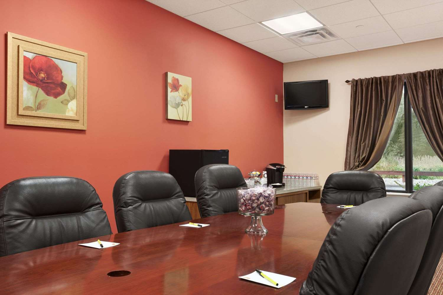 Meeting Facilities - Super 8 Hotel Pennsville