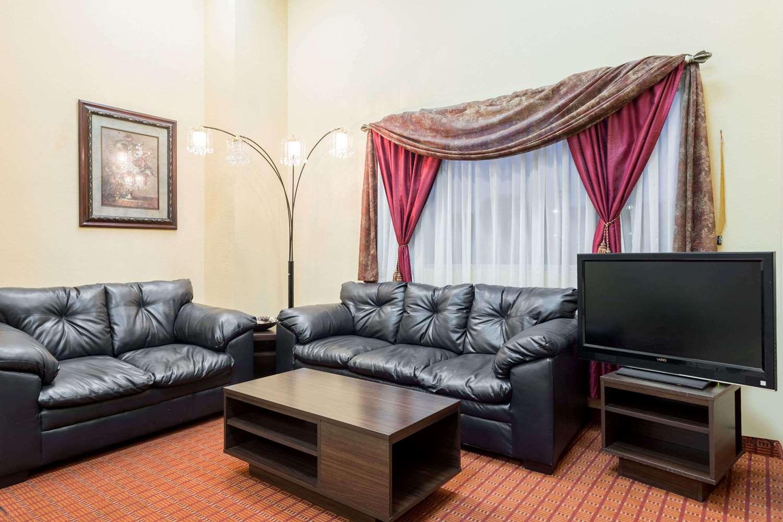 Lobby - Super 8 Hotel Southeast Baton Rouge