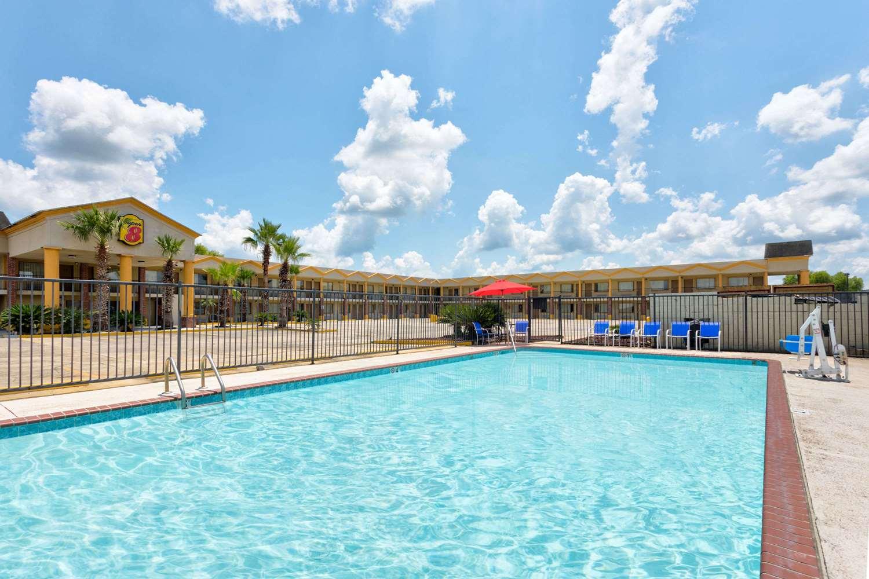 Pool - Super 8 Hotel Breaux Bridge