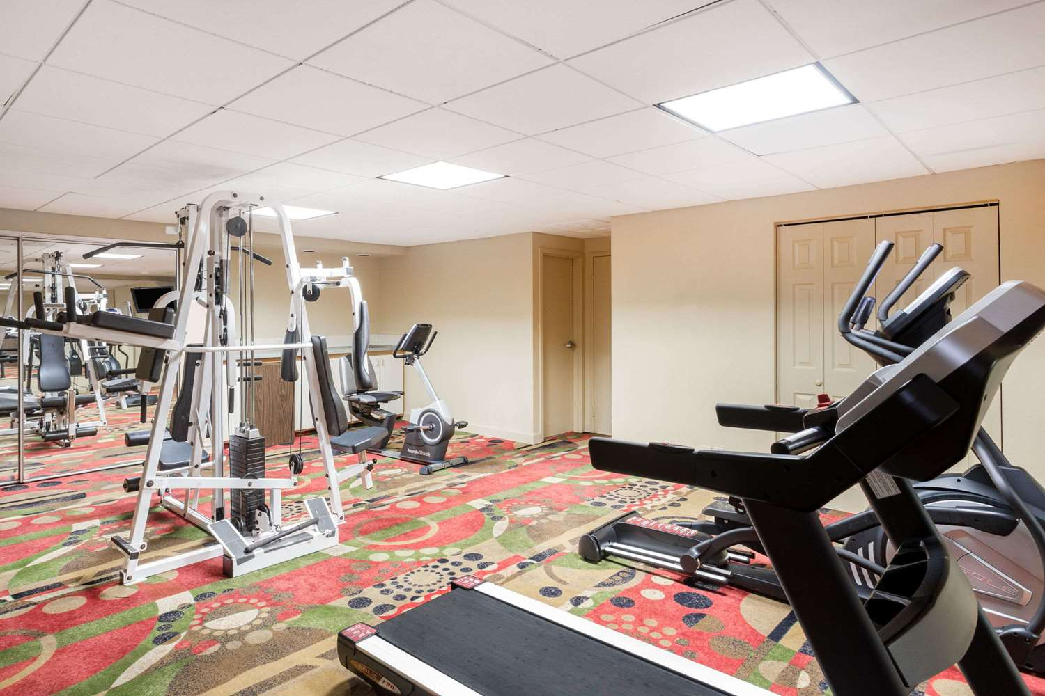 Fitness/ Exercise Room - Baymont Inn & Suites Pensacola