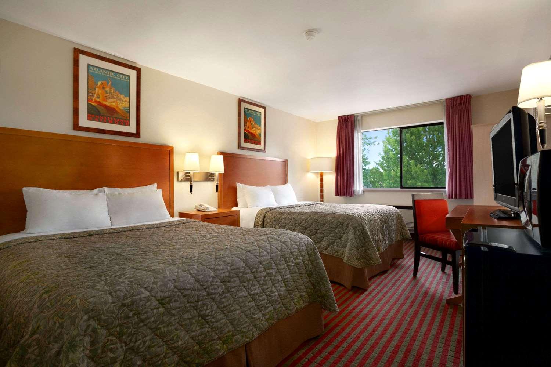 Room - Days Inn 84th Avenue Kent