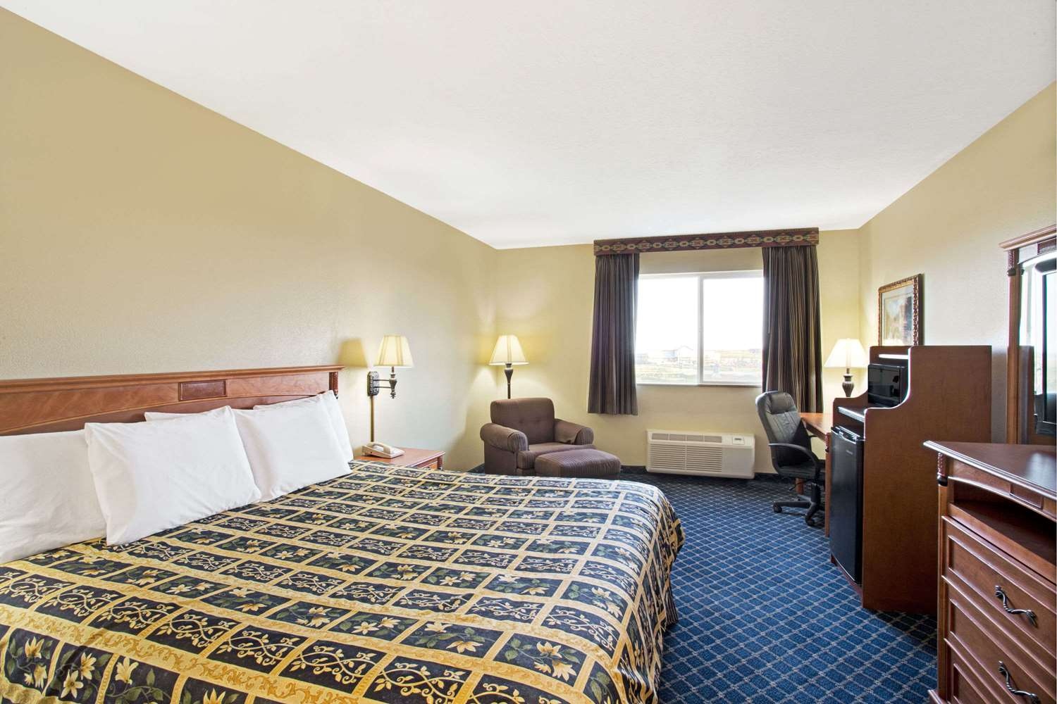 Suite - Days Inn Brigham City