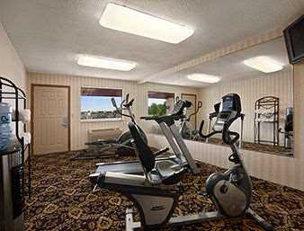 Fitness/ Exercise Room - Days Inn Grantville