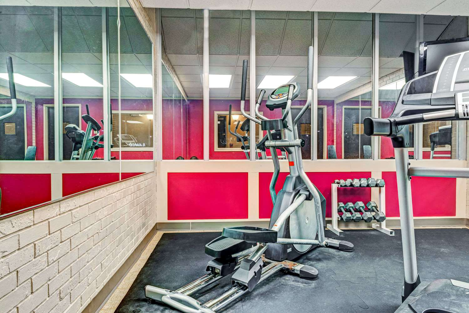 Fitness/ Exercise Room - Super 8 Hotel Rocky Hill