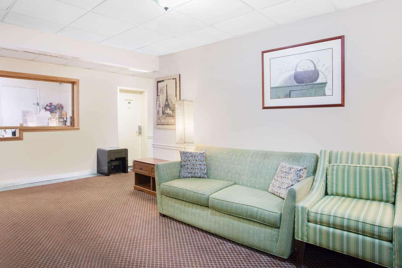 Lobby - Travelodge Carlisle