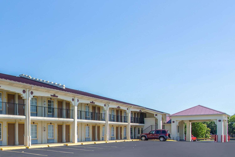 Exterior View Super 8 Hotel Antioch