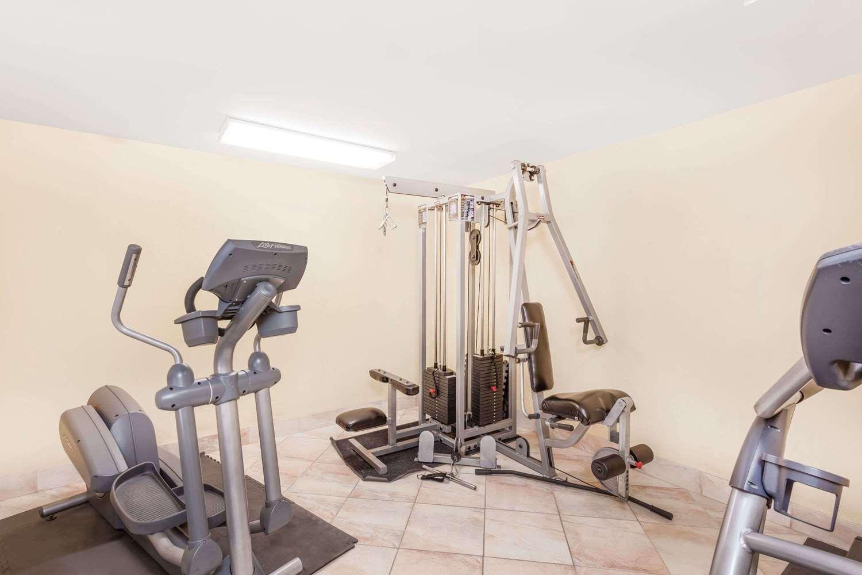 Fitness/ Exercise Room - Days Inn South Lenwood Barstow