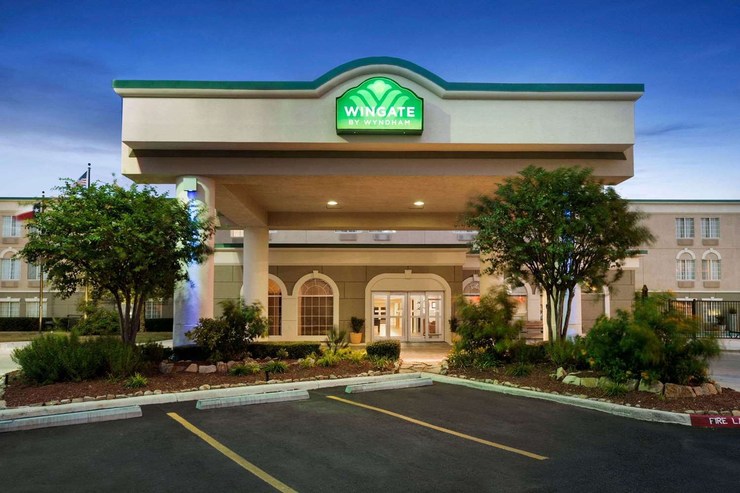 Wingate by Wyndham Hotel San Marcos, TX - See Discounts