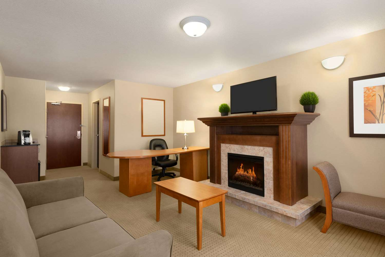 Suite - Ramada Inn Drayton Valley