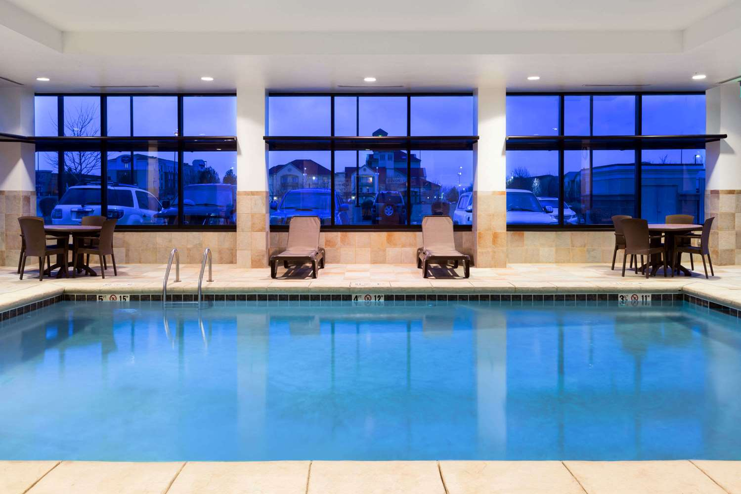 Pool - Baymont Inn & Suites Airport Denver