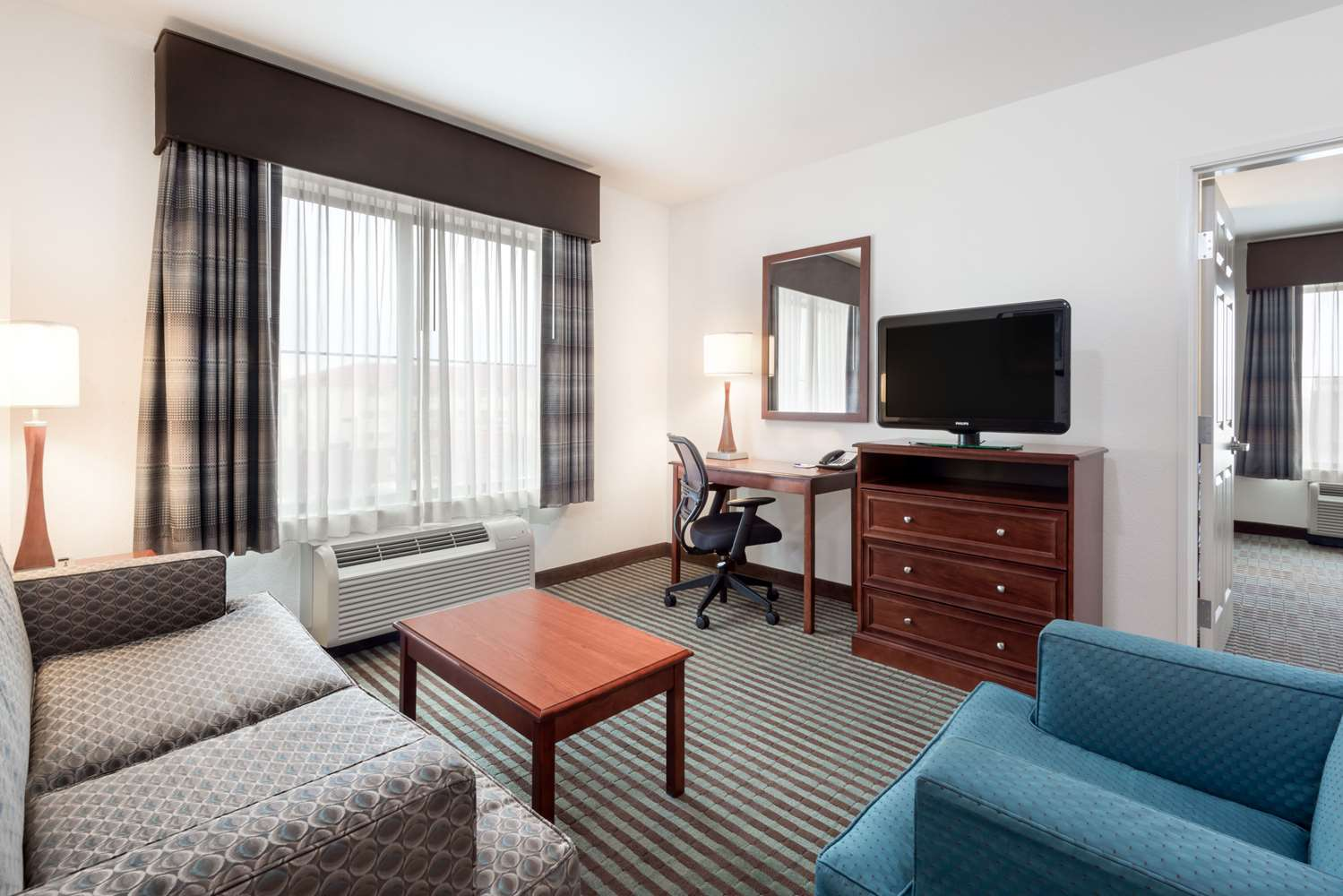 Suite - Baymont Inn & Suites Airport Denver