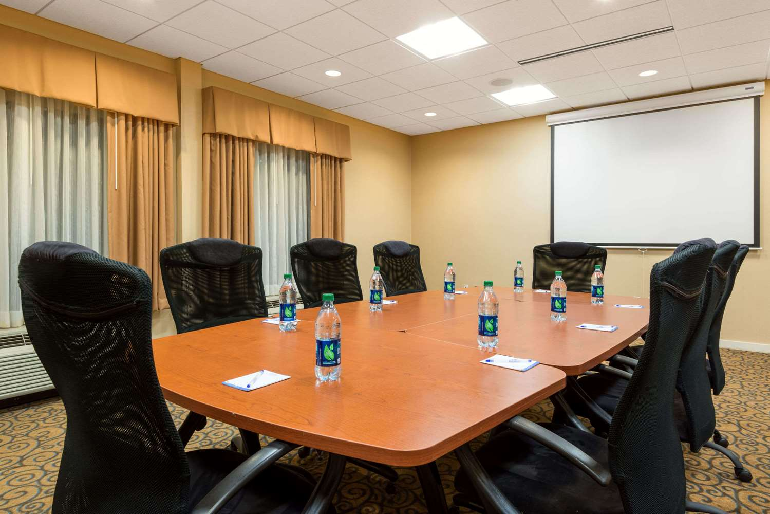 Meeting Facilities - Baymont Inn & Suites Airport Denver