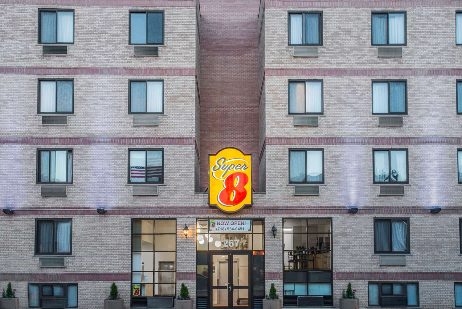 Exterior view - Super 8 Hotel Brooklyn Heights
